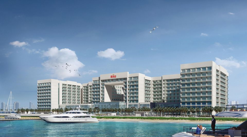 Bin Ladin Contracting Group Dubai wins contract for Deira Islands resort and water park